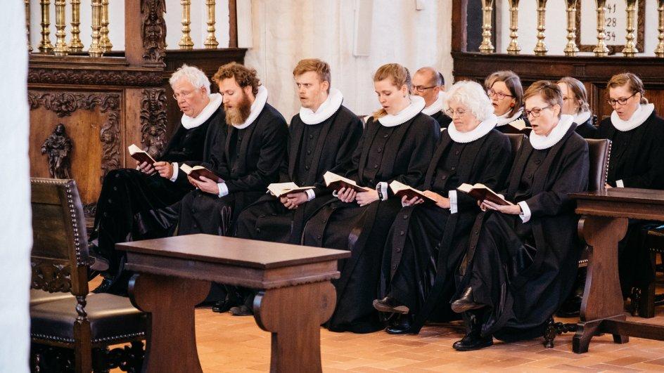 præst løn