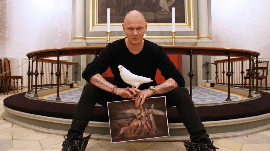 Kunstner Opfordrer Til Sognebandslosning I Strid Om Kirkeudsmykning Kirke Dk
