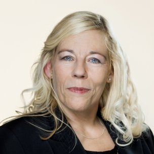 <span>Lise Bech</span>